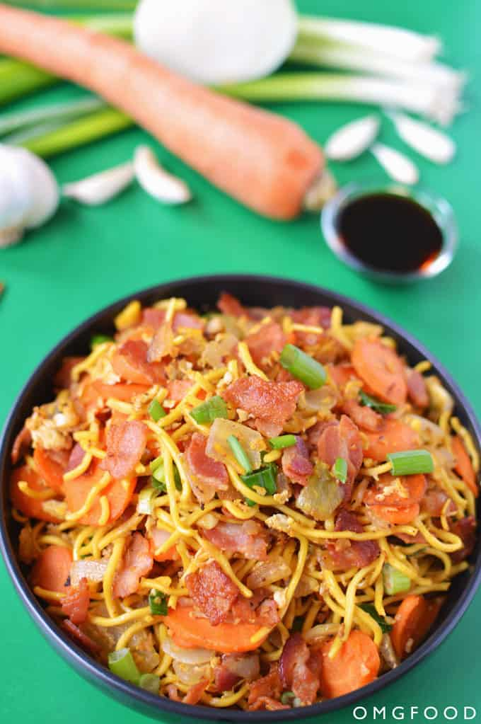 Bacon and Egg Lo Mein