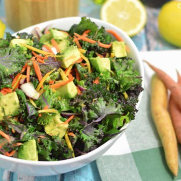 Kale and Avocado Salad | omgfood.com
