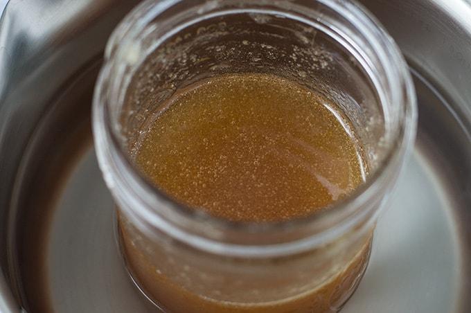How To Decrystallize Honey | omgfood.com