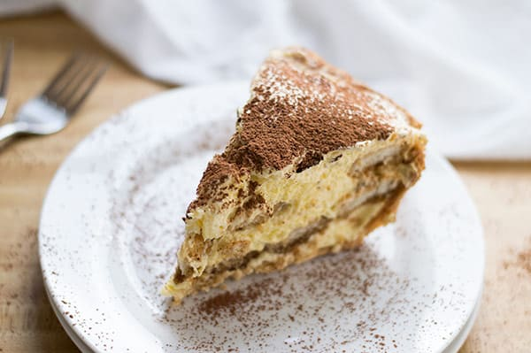 Tiramisu Pie | omgfood.com