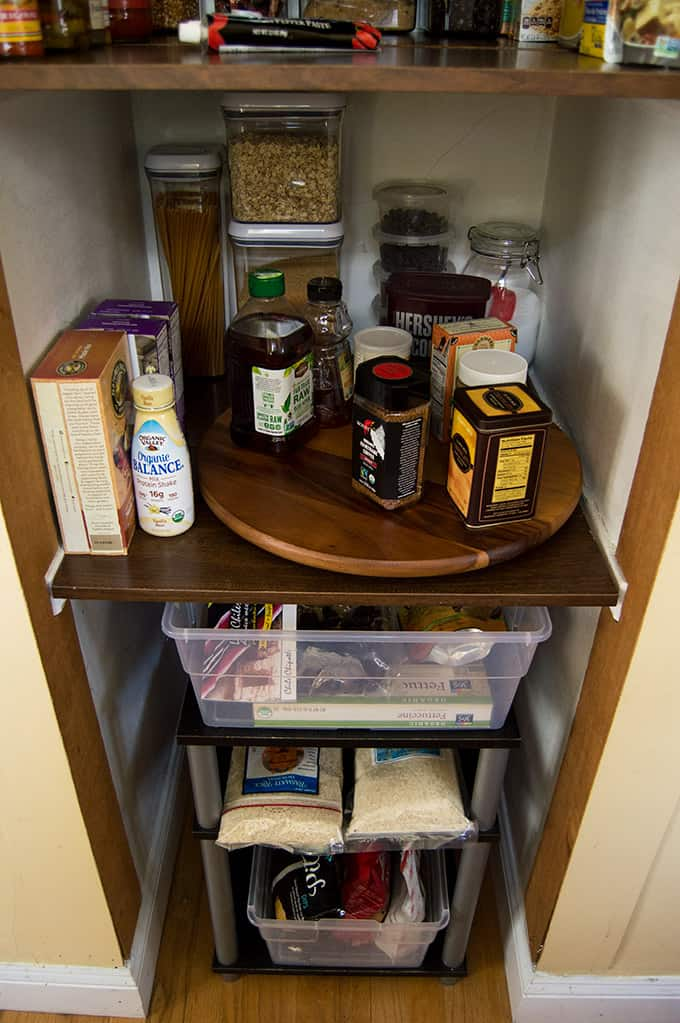 Spring Cleaning and Organizing the Pantry | omgfood.com